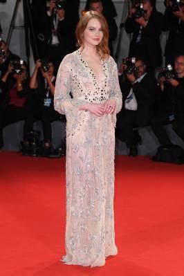 Emma Stone in Louis Vuitton al Venice Film Festival 2018