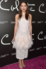 Keira Knightley in Chanel alla premiere of Colette,Beverley Hills.
