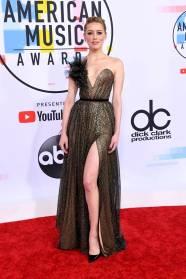 Amber Heard in Ralph&Russo agli American Music Awards, Los Angeles