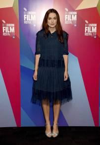 Keira Knightley con scarpe Tabitha Simmons al The 62nd BFI London Film Festival –