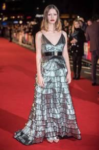 Mia Goth in Givenchy Haute Couture alla 'Suspiria' premiere, London