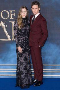 Hannah Bagshawe e Eddie Redmayne in Alexander McQueen alla Fantastic Beasts The Crimes Of Grindelwald,London