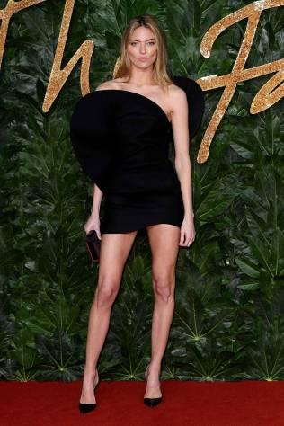 Martha Hunt in Saint Laurent ai Fashion Awards 2018, London