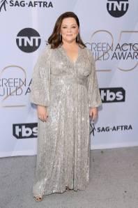 Melissa McCarthy in Sam Edelman e gioielli Chopard ai SAG Awards 2019