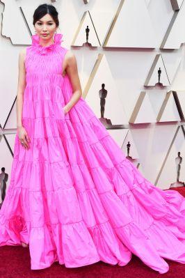 Gemma Chan in Valentino e gioielli Bulgari agli Oscars 2019,LA