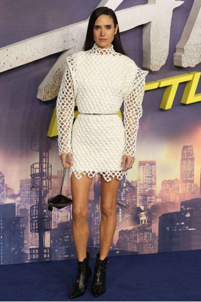 Jennifer Connelly in Louis Vuitton alla premiere of Alita Battle Angel, London