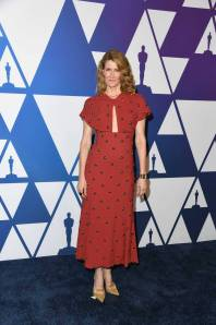 Laura Dern in Proenza Schouler e sandali Christian Louboutin ai The Academy Awards Nominees Luncheon, Los Angeles