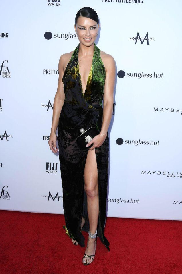Adriana Lima ai Daily Front Row Fashion Awards