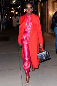 Lupita Nyong'o in Bande Noir e sandali Sergio Rossi ,New York