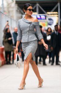 Priyanka Chopra in a Ralph & Russo, pumps Sergio Rossi, borsa Fendi,New York