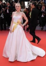 Dakota Fanning in Armani Privè al Cannes Film Festival Red Carpet 2019
