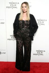 Margot Robbie in Chanel al Tribeca Film Festival