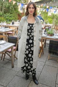 Alexa Chung in Barbour al lancio della sua collezione con il brand