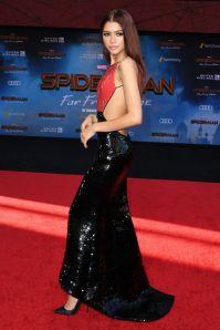 Zendaya in Armani Privé alla premiere di Spider-Man Far From Home , Hollywood
