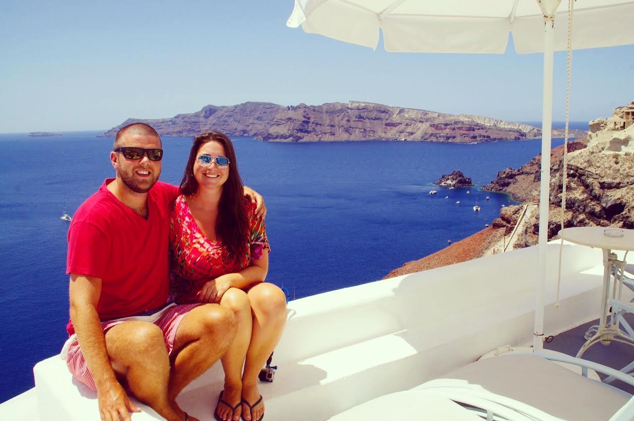 The Aussie Flashpacker in Oia Santorini Greece