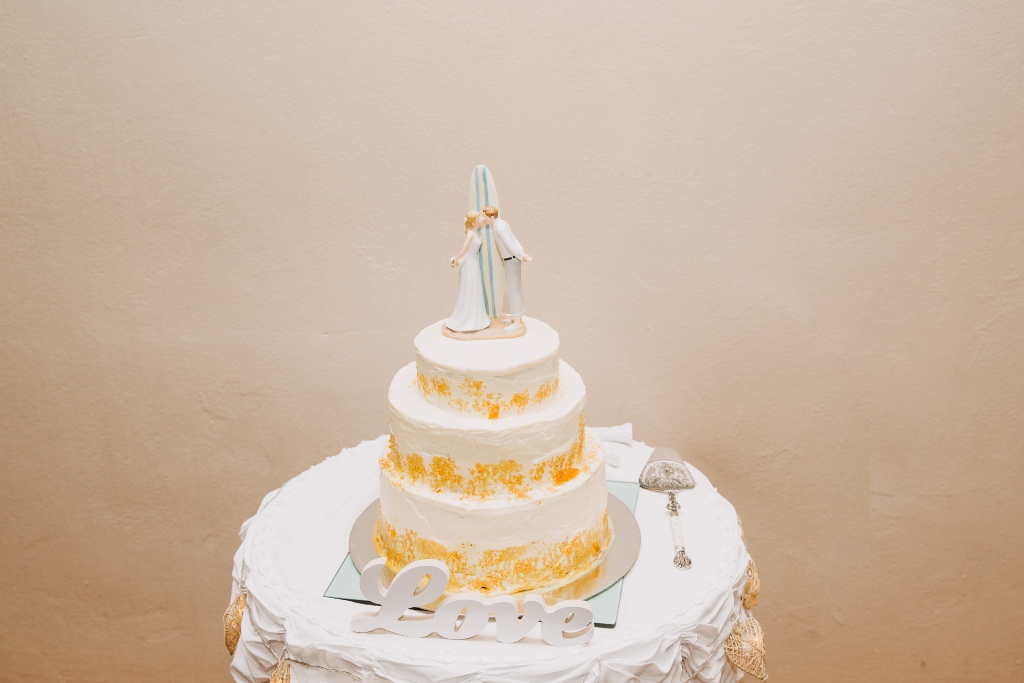 Wedding Cake with Surf Cake Topper