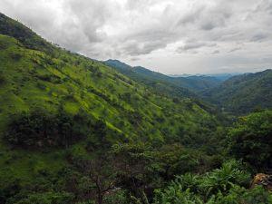 View Sri Lankan mountains