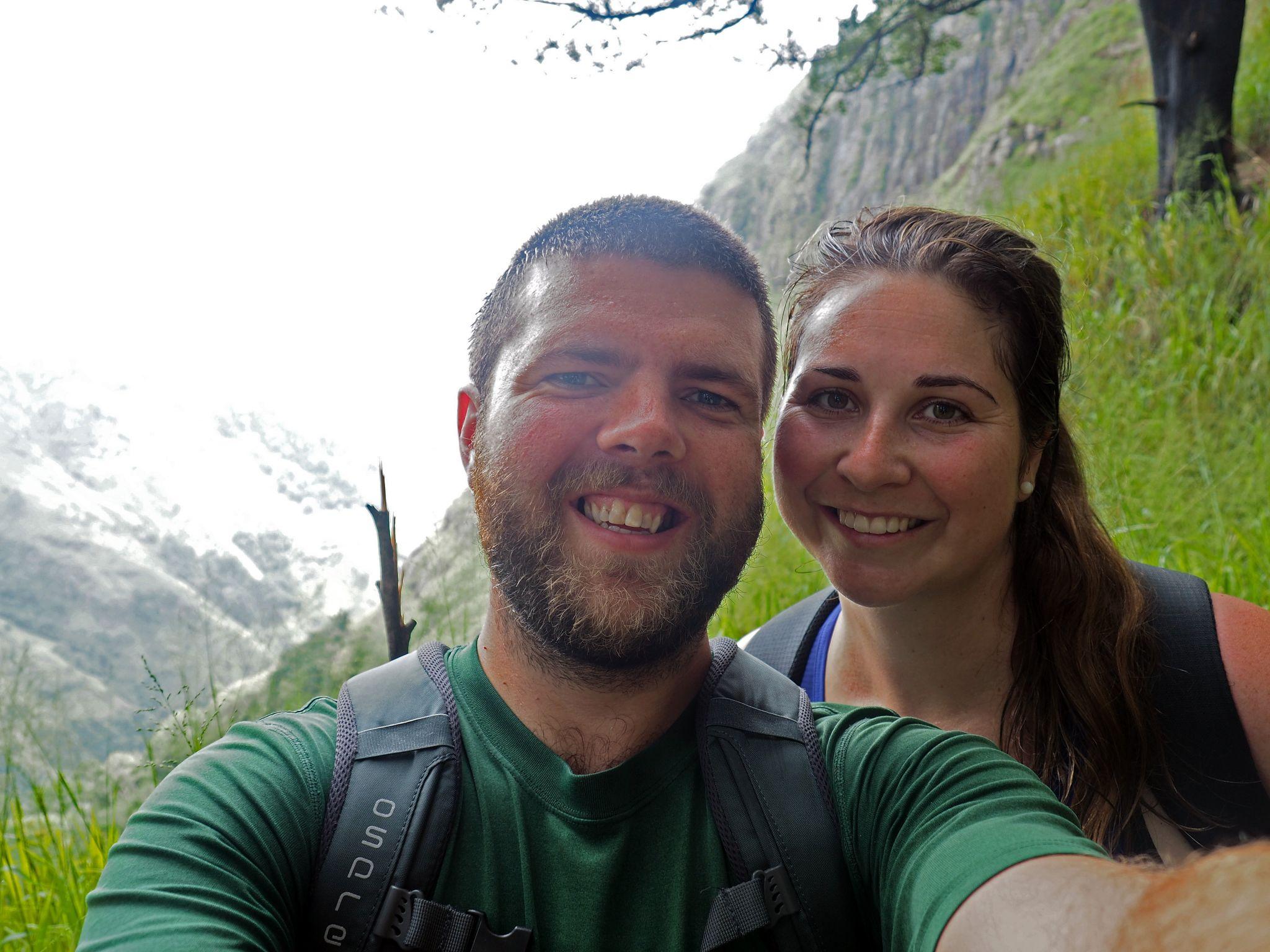Couple on Ella Rock hike