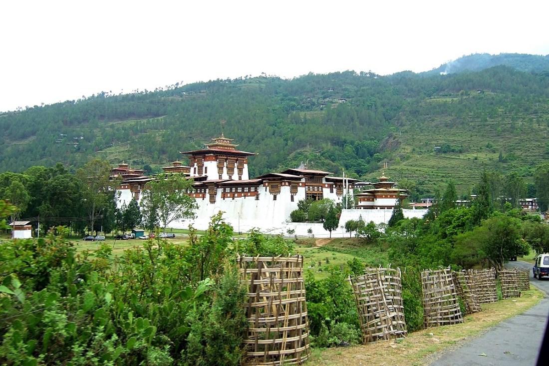 On approach to Punakha dzong