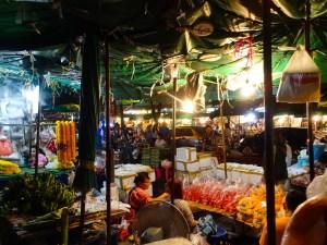 Would Be Traveller - Bangkok Market