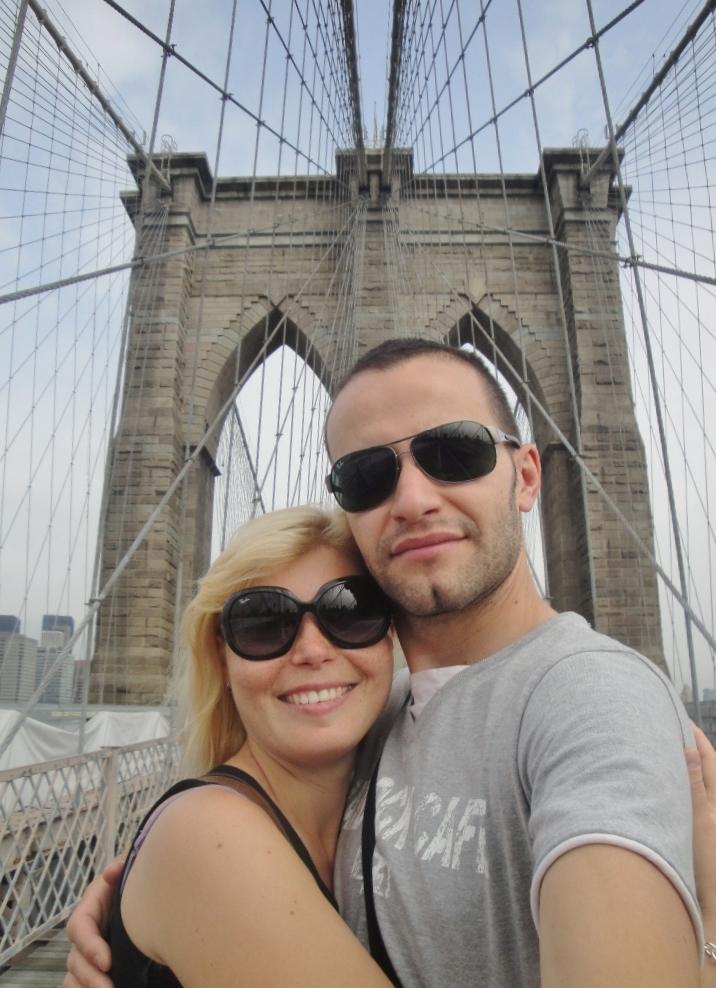 Couple on Brooklyn Bridge NYC