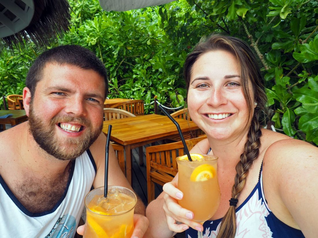Couple drinking cocktails at Veli Bar