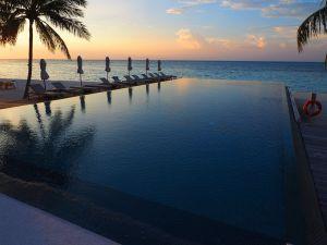Infinity Pool Senses LUX Maldives