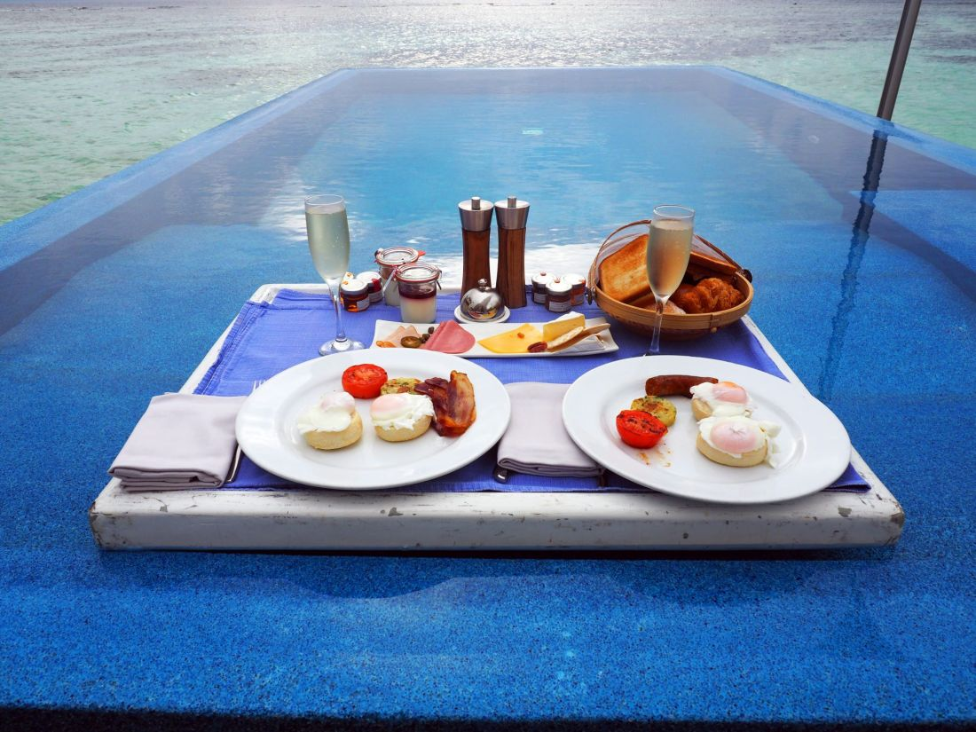 Floating Breakfast LUX South Ari Atoll close up