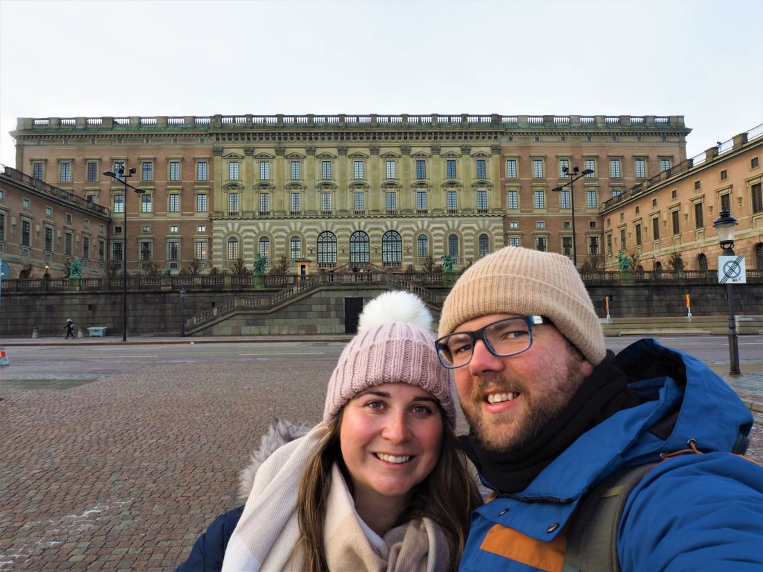 Simone and Dan in front of royal palace Stockholm