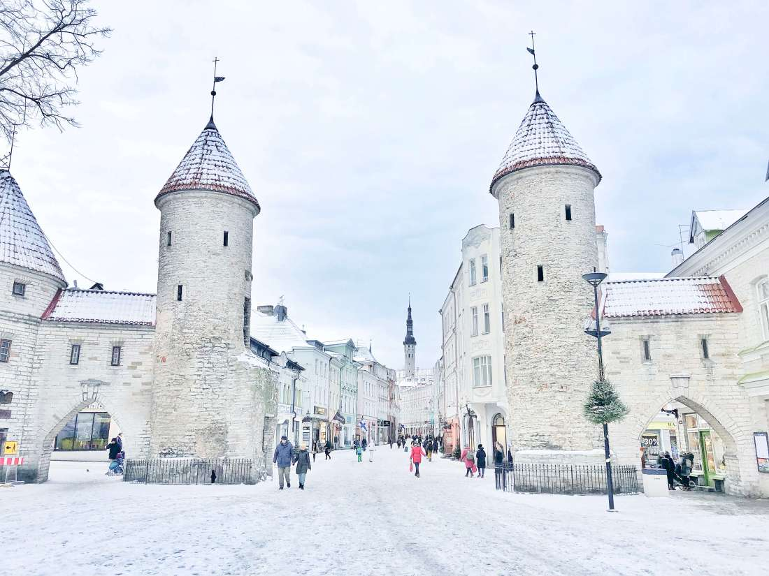 Tallinn-Old-Town-in-Winter