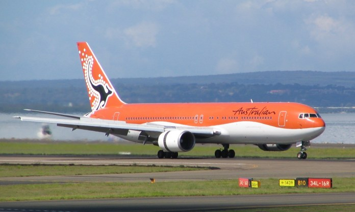 Australian Airlines VH OGI Sydney Airport 2005