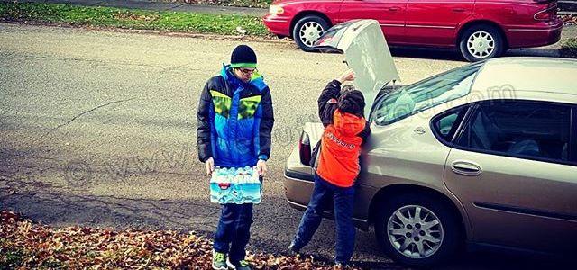Helping with the groceries.. Teamwork  Autism AutismSpectrum Gratitude SingleParenting