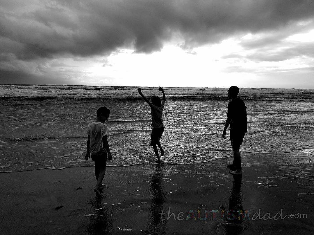 Seeing the ocean for the very first time in their young lives. Unbelievable experience.. #wishescanhappen.org
