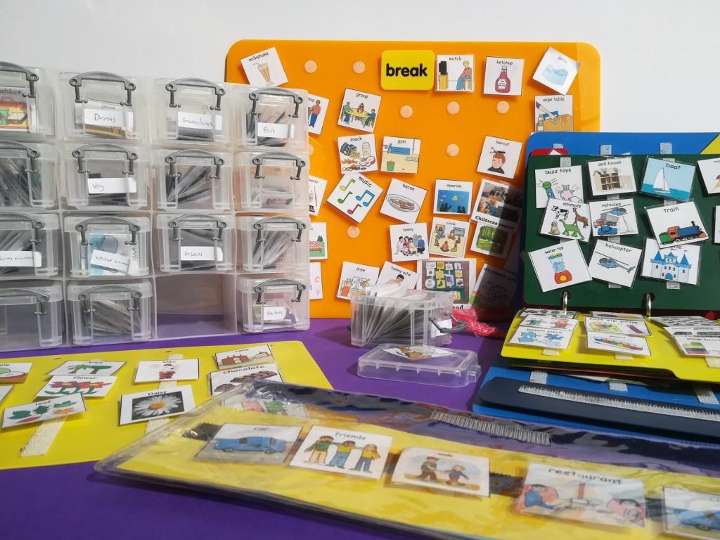 PECs cards storage