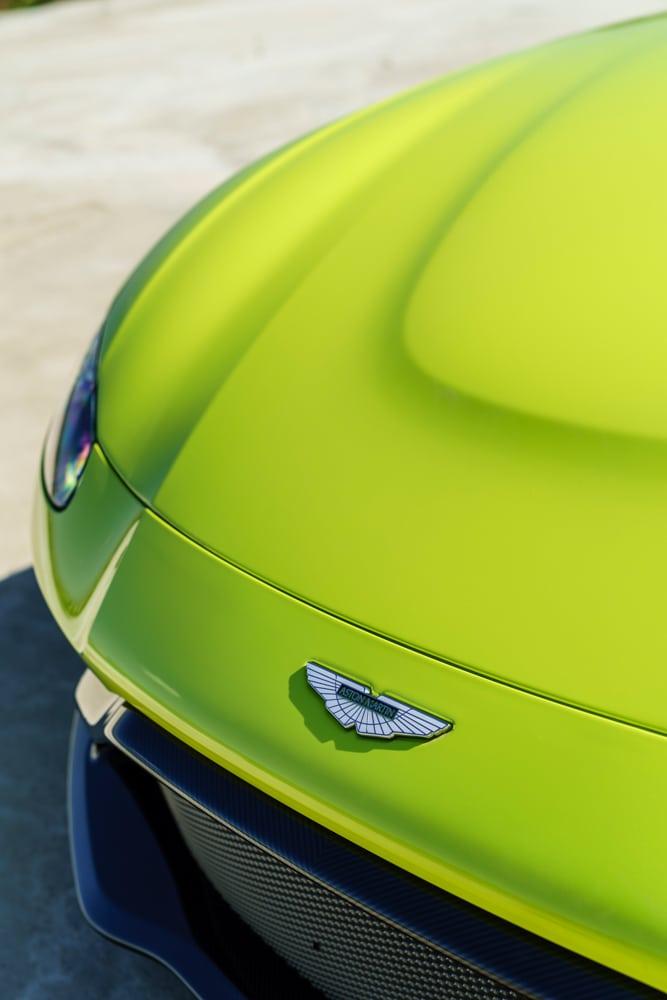 2019 Aston Martin Vantage_12