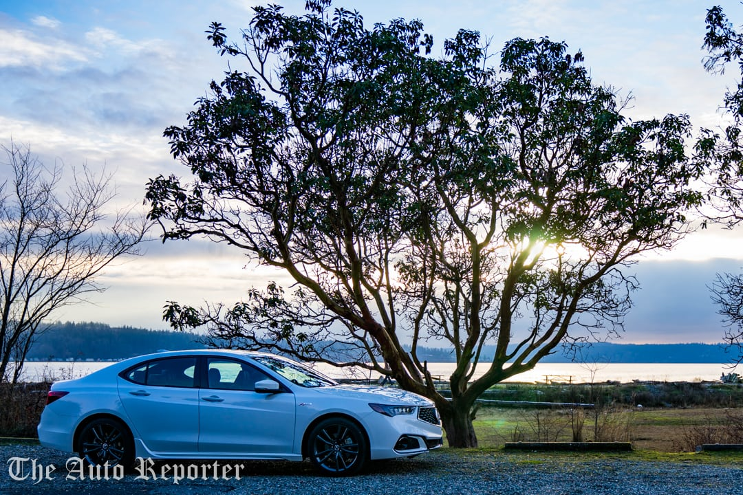 2018 Acura TLX V6 A-Spec SH-AWD_086