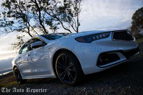 2018 Acura TLX V6 A-Spec SH-AWD_089