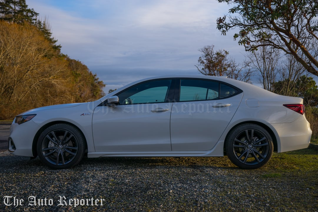 2018 Acura TLX V6 A-Spec SH-AWD_092