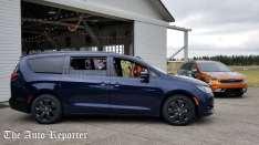 Drive Revolution_2018 Chrysler Pacifica Hybrid_1