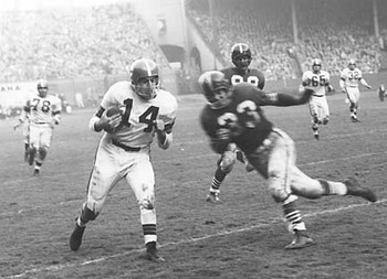 Hardy Brown closing in on Otto Graham, 1953.