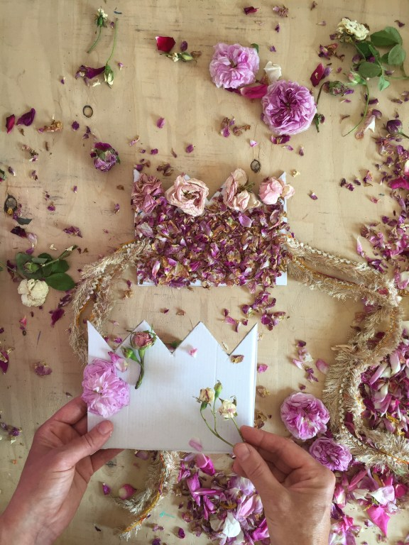 make a beautiful rose petal crown from your garden roses and a cardboard box