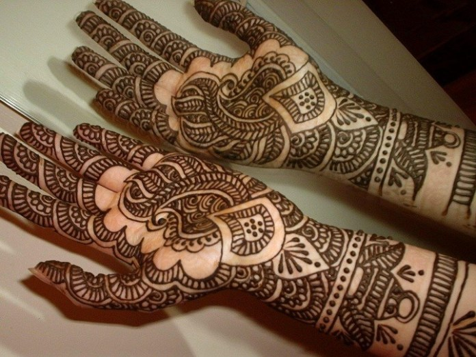 Henna used on hands