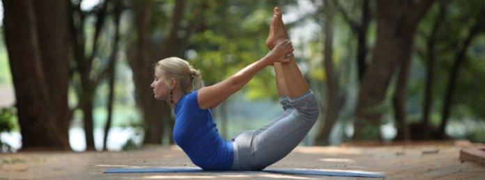 Dhanurasana for back pain