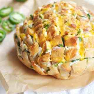Jalapeño Popper Pull-apart Bread