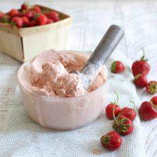 Strawberry Balsamic Ice Cream
