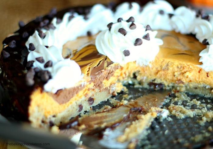 Pumpkin & Chocolate Swirl Cheesecake + Chocolate Chip Cookie Crust