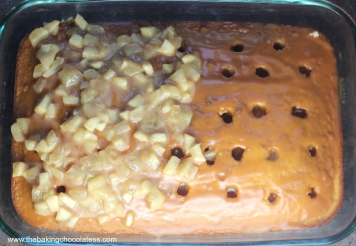 Apple Caramel Toffee Cake