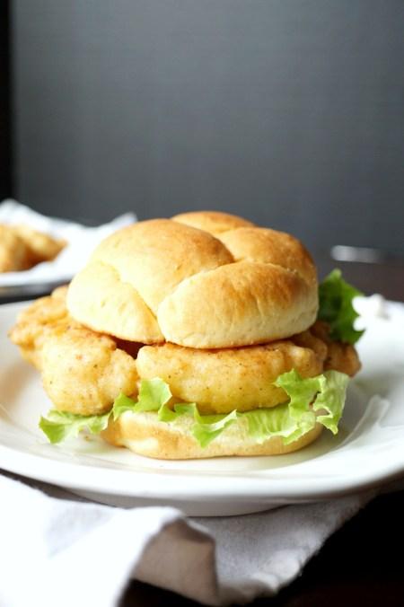 vegan cauli-fil-a sandwiches   The Baking Fairy