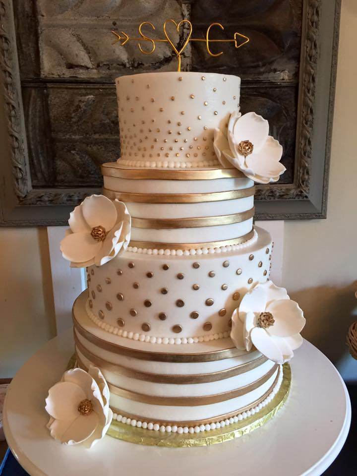 Beautiful Wedding Cakes By The Baking Grounds Bakery Caf