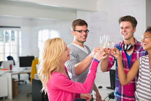 How to Reduce the Employer Liability at Holiday Parties